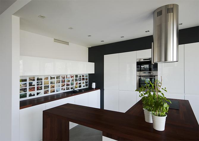 Nowoczesna kuchnia z wyspą  Projektowanie i aranżacja wnętrz, architekt wnęt   -> Kuchnia Lakierowana Opinie